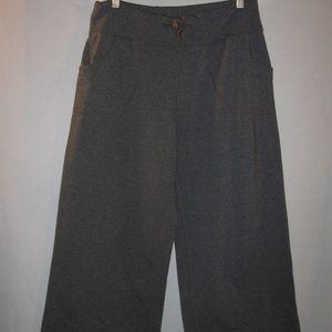 Lululemon Cropped Capri Drawstring Pants 8